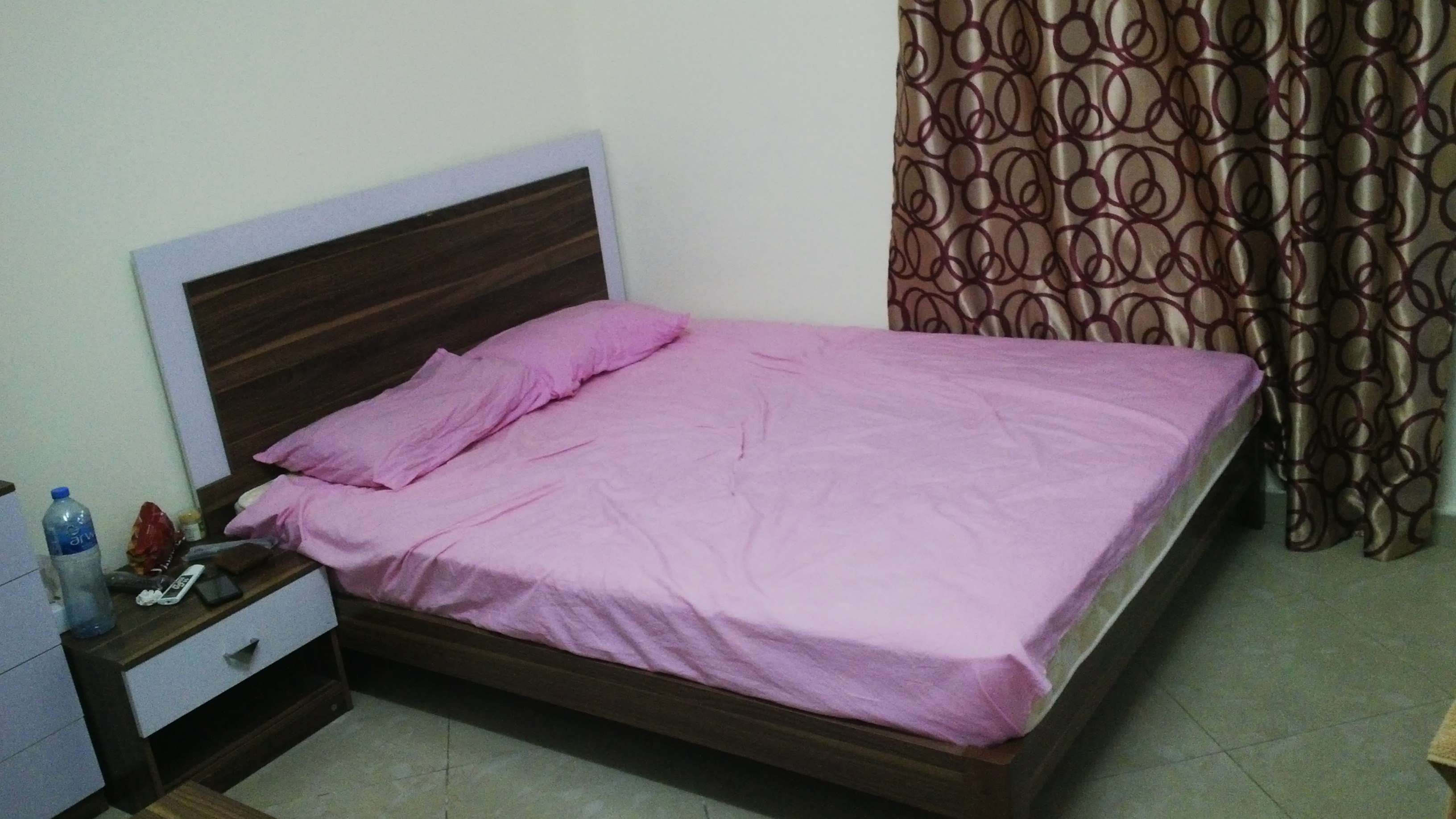 Big Bed Room For Rent in Mushreib.