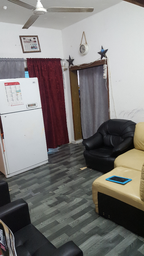 Bed space or Single room in Al mansoura    Qatar Living