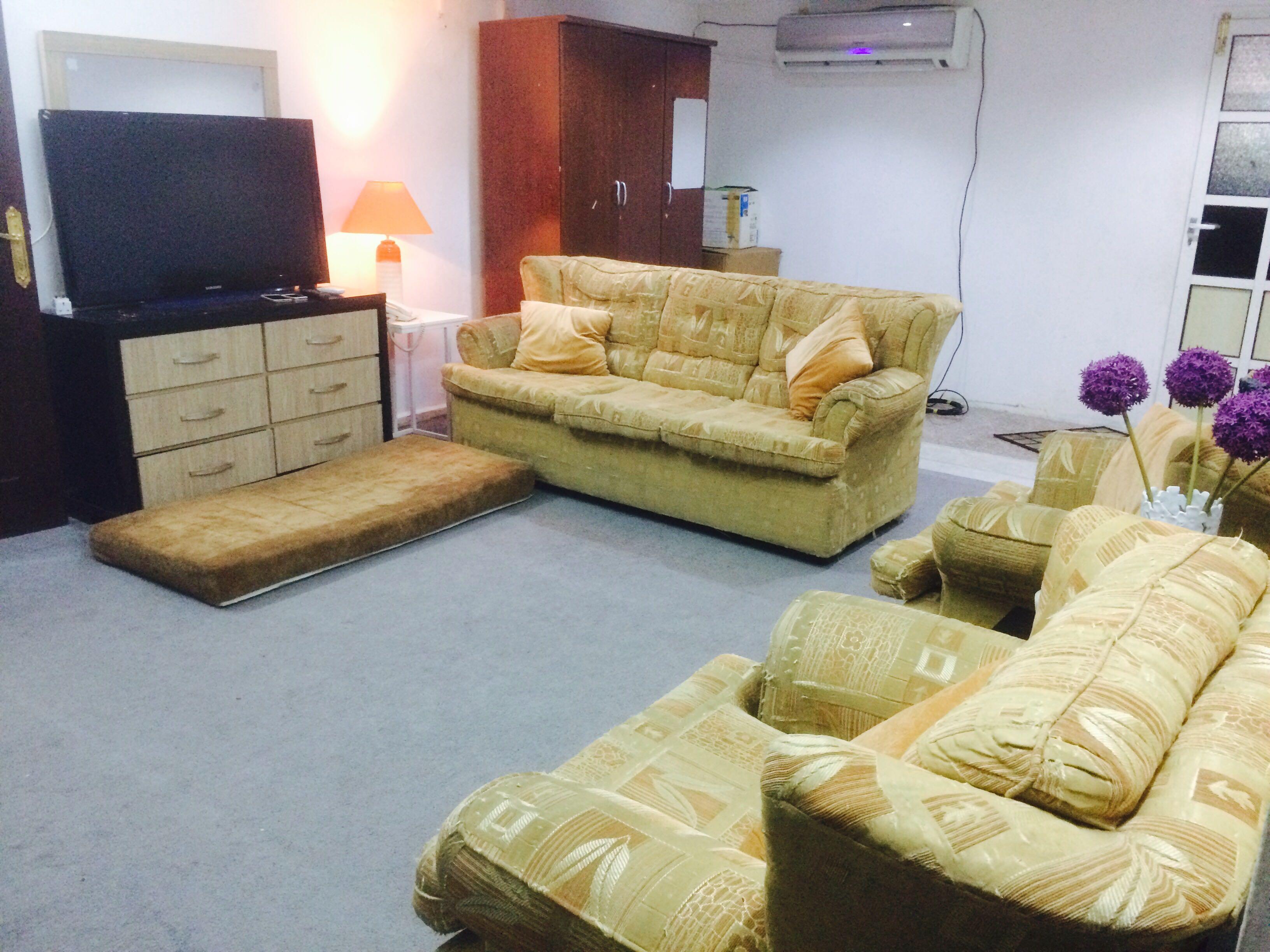 Partition room in Al Sadd 1200   Qatar Living
