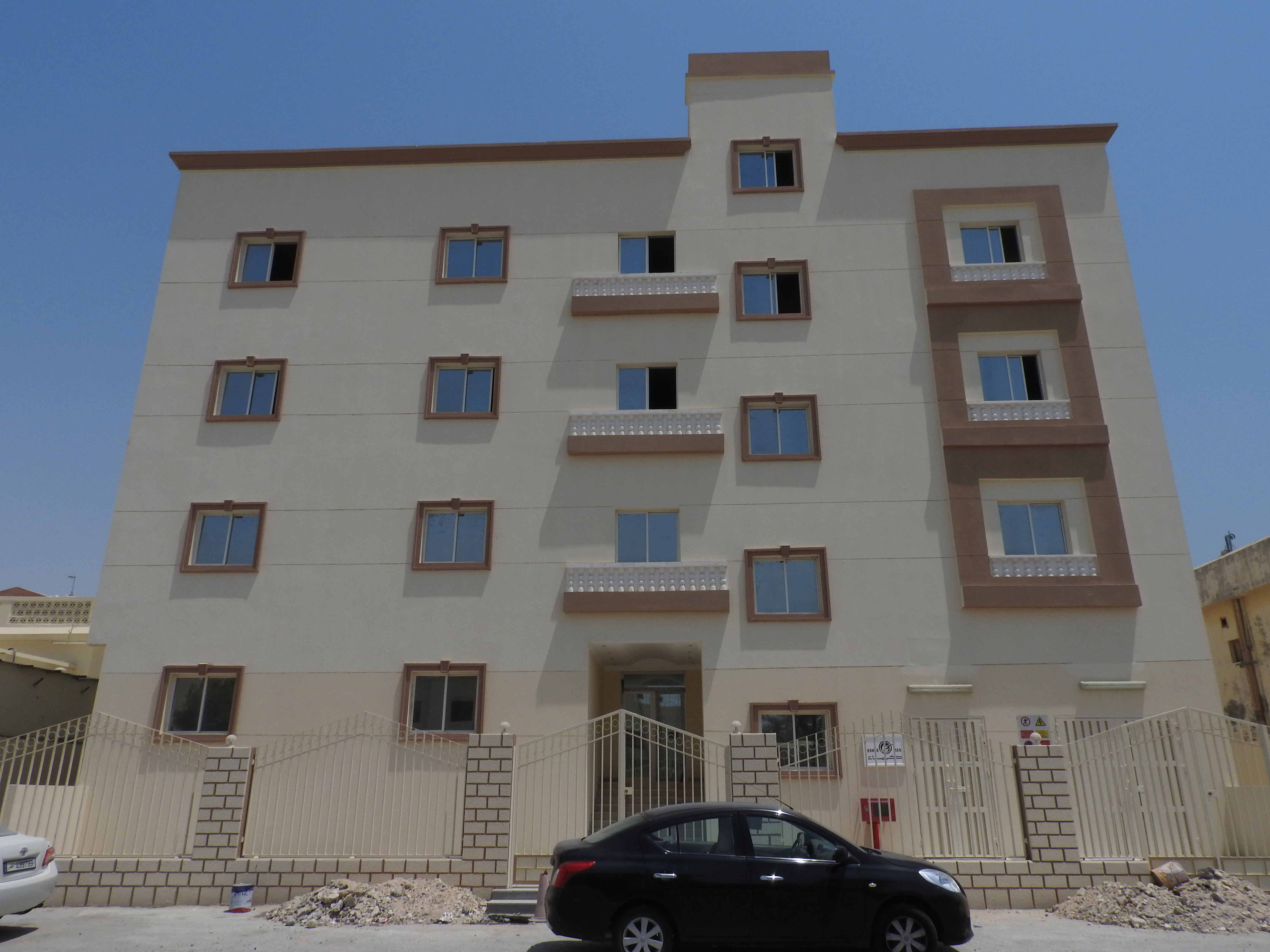 3   BHK  AVAILABLE IN  WAKRA NEAR QTEL R/A