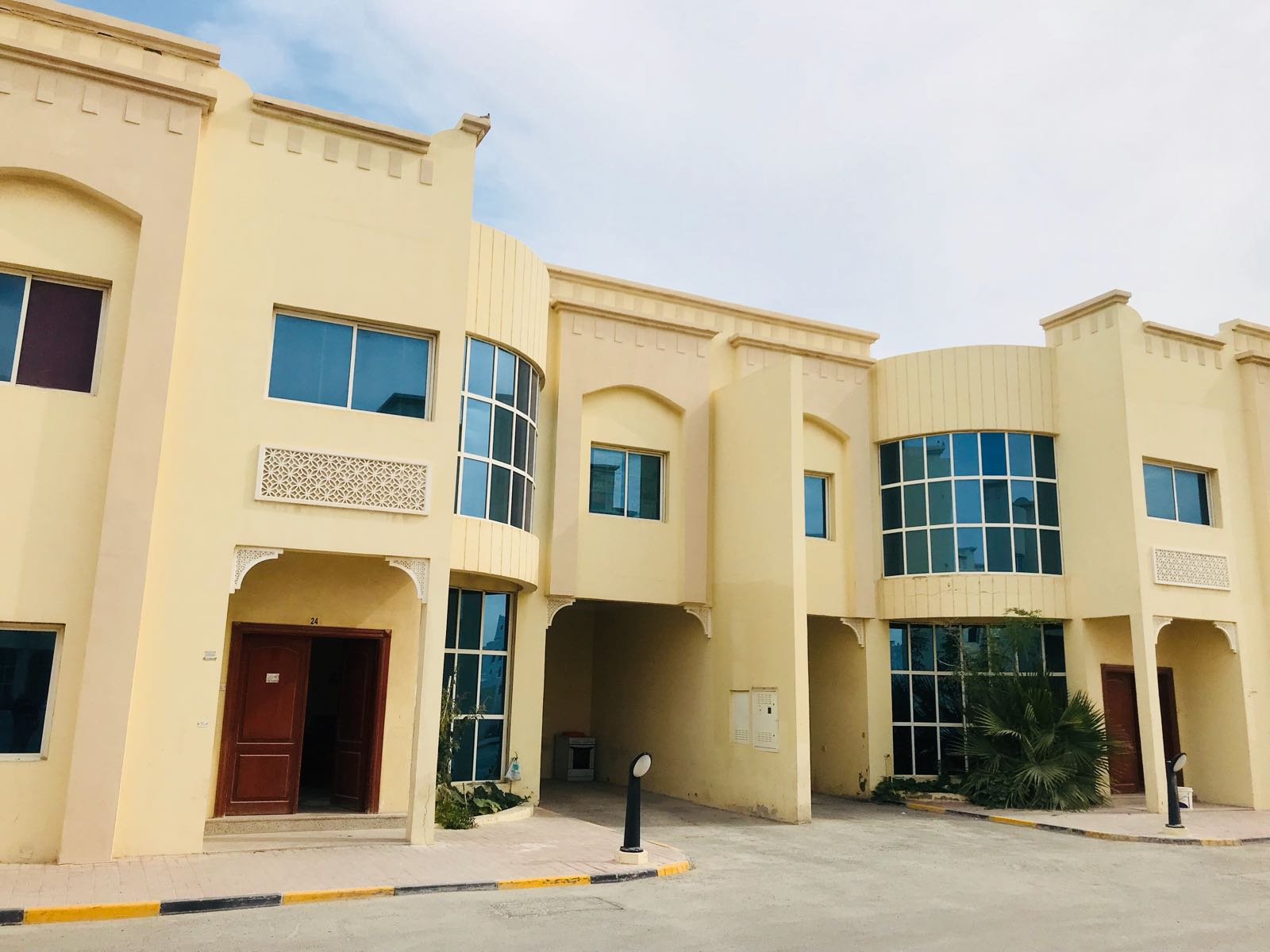 3VILLAs  FOR RENT AT WAKRA FOR BACHELORS