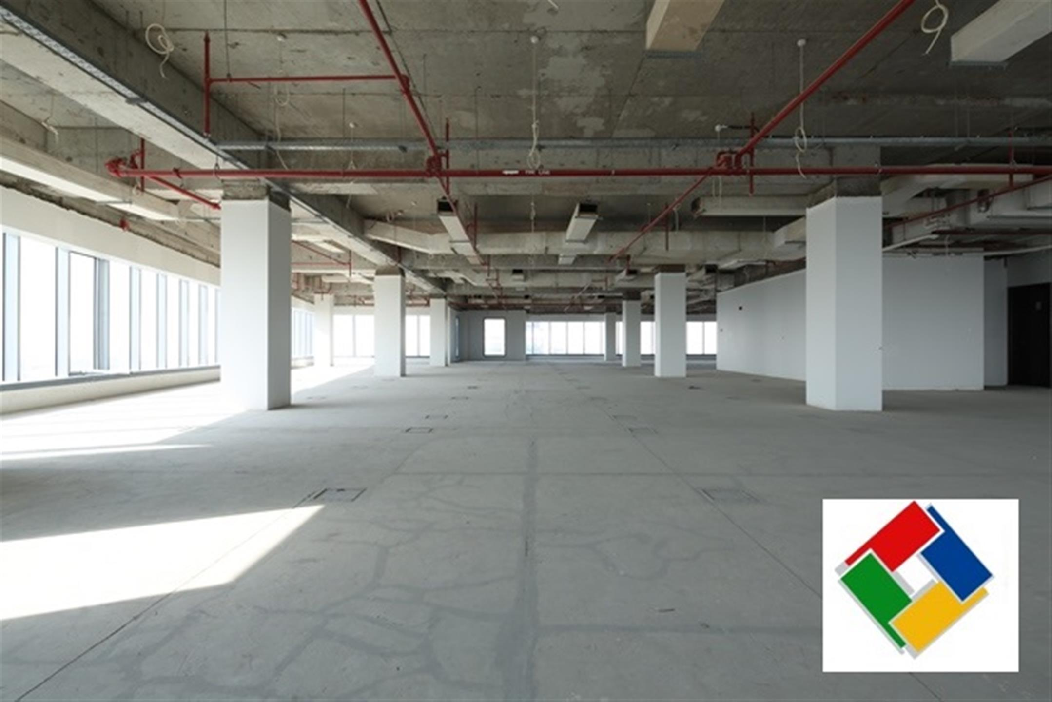 PRIME LOCATION OFFICE - SPACE FOR RENT