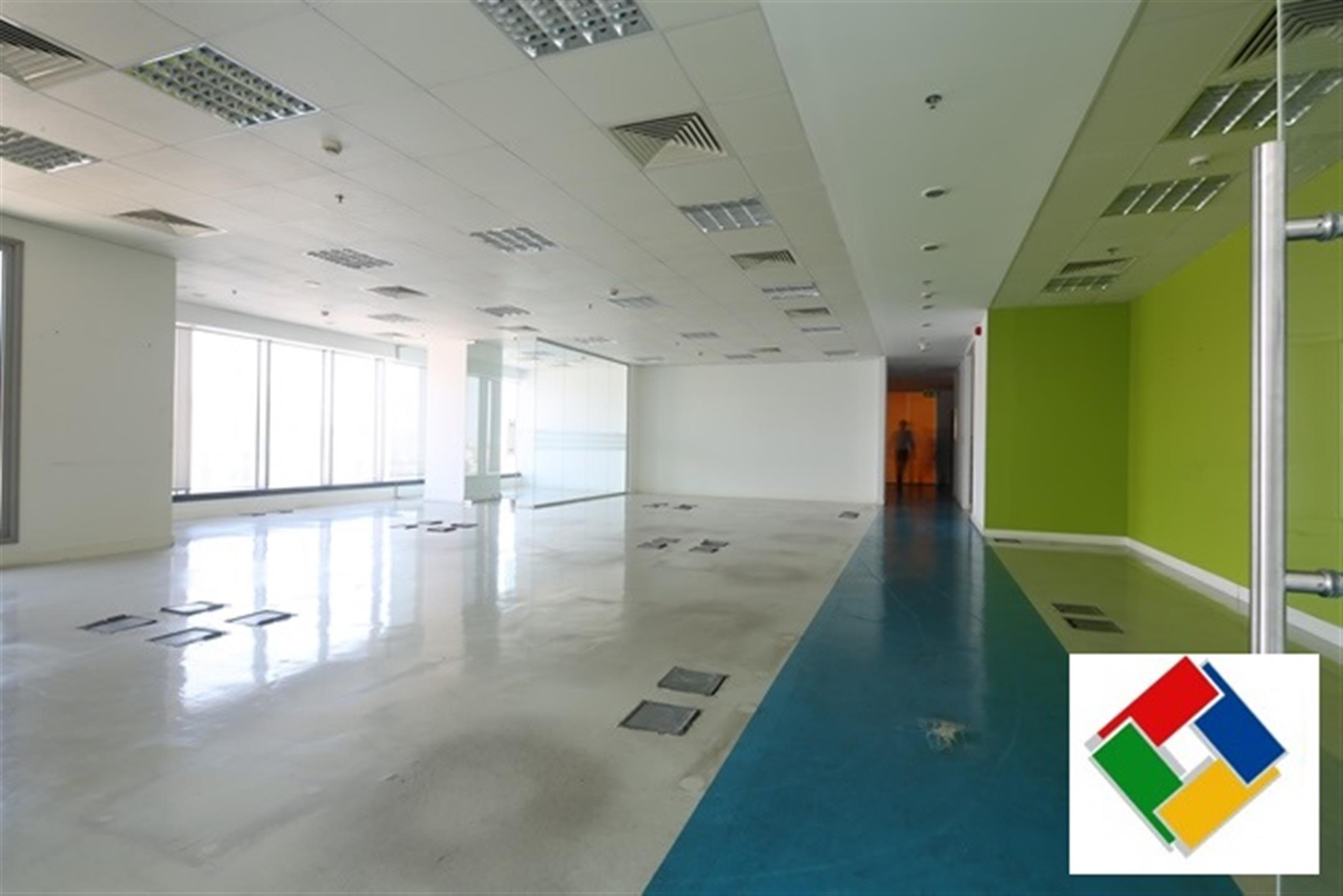 NO COMMISSION! Fully-Fitted Office Space