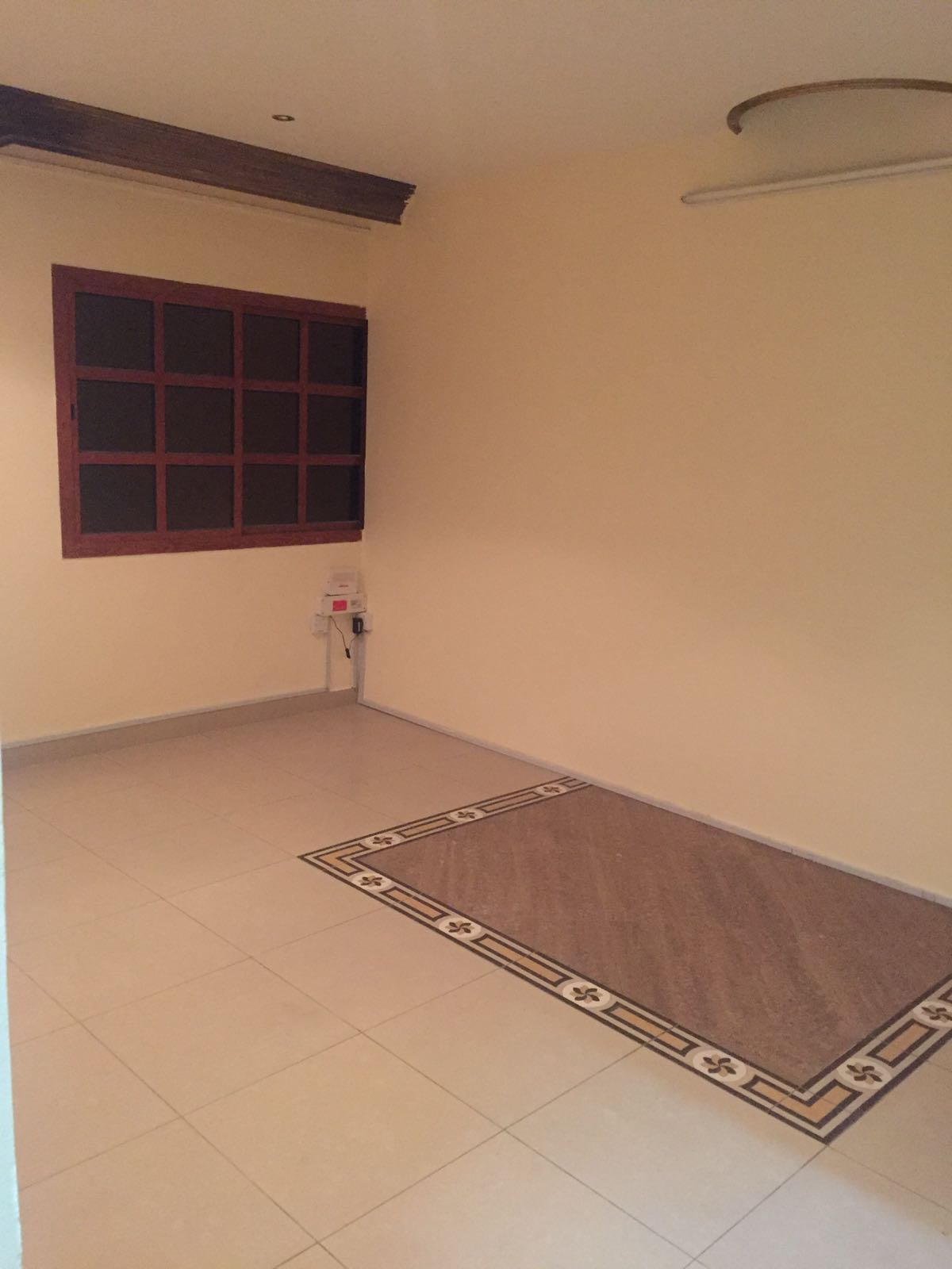 NO COMMISSION - SPACIOUS 03 BHK,NEAT AND CLEAN AVAILABLE NEAR HAMAD HOSPITAL - NISSAN SIGNAL