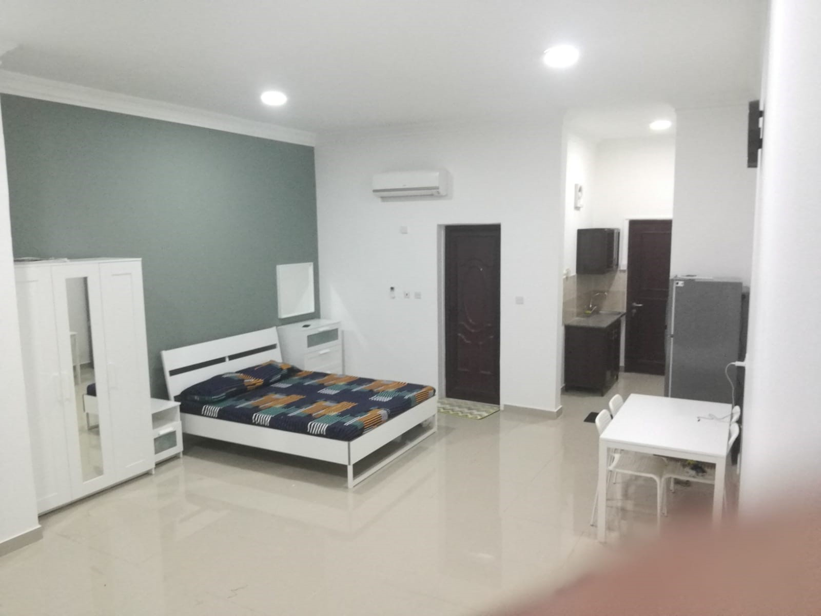 stylish, cheerful  attractive, peaceful Fully furnished  1 bedroom Apartment-NO COMMISSION