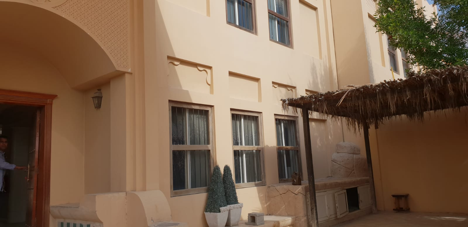 5 Bedroom Villa as semi - commercial or Residential Available for Rent in New Salata