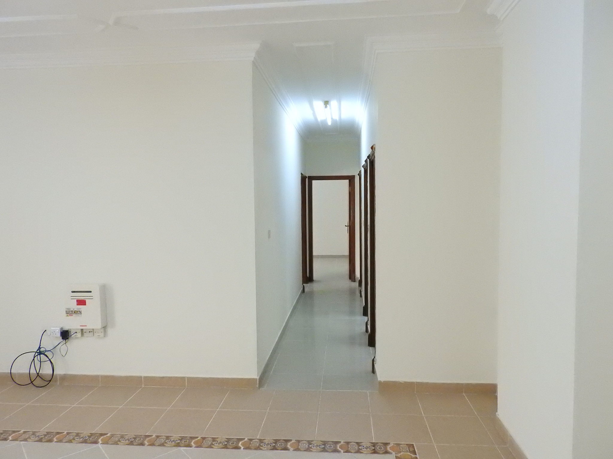 No Commission / No Deposit - Spacious Unfurnished 1 BHK Available in Dafna Near to British Embassy
