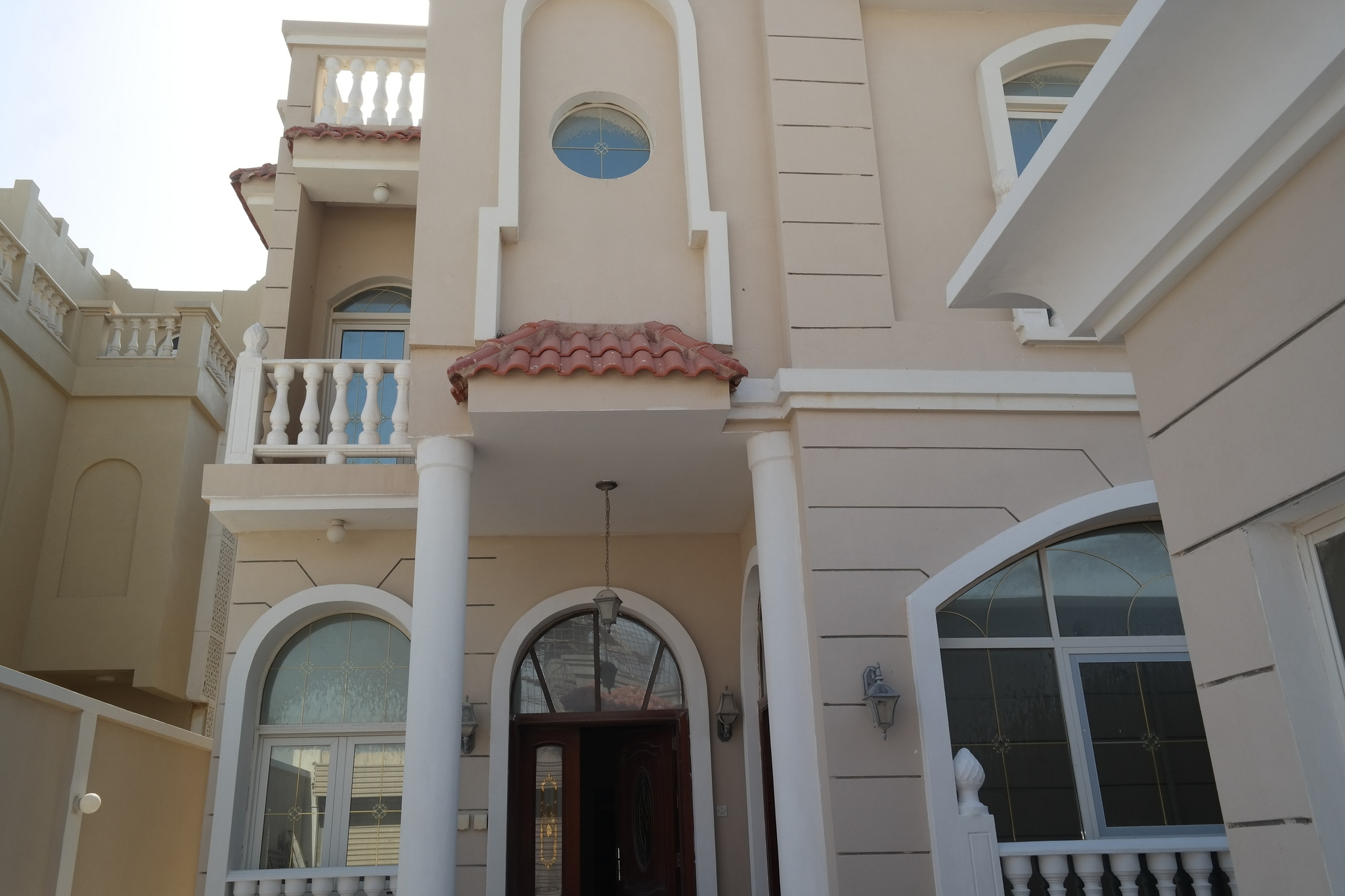 Spacious 9 Bedroom stand alone villa for bachelors at Umsalal Mohammed