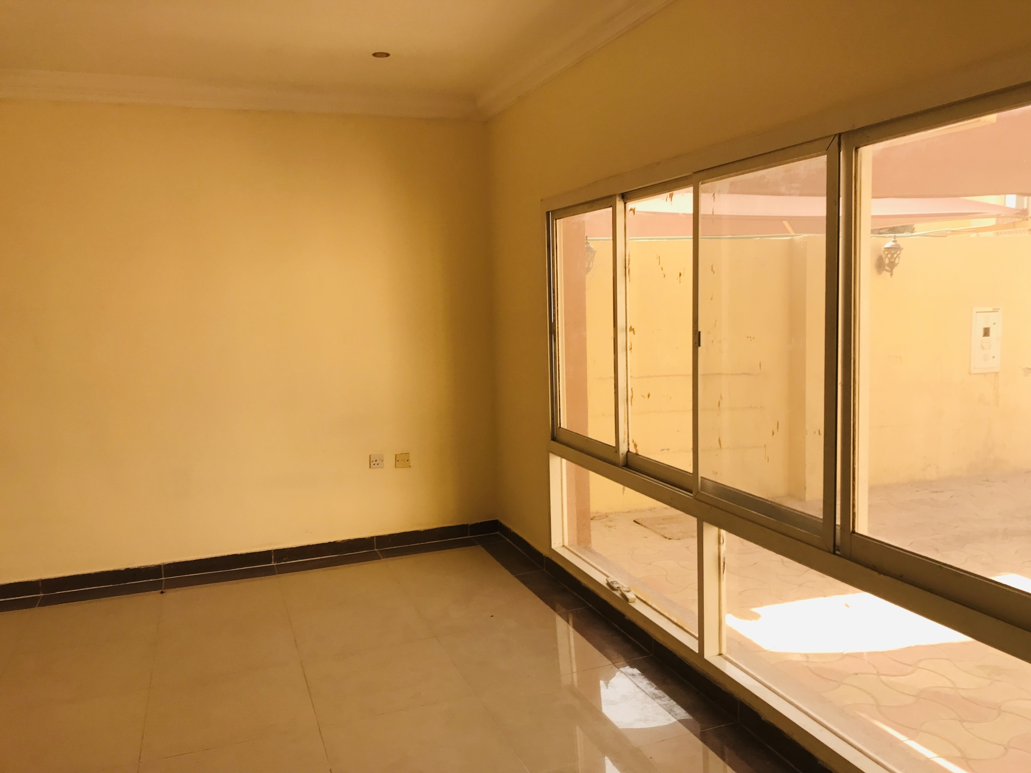 Spacious 7 Bedroom compund villa available at Abu Hampur opposit petrol station for the staff