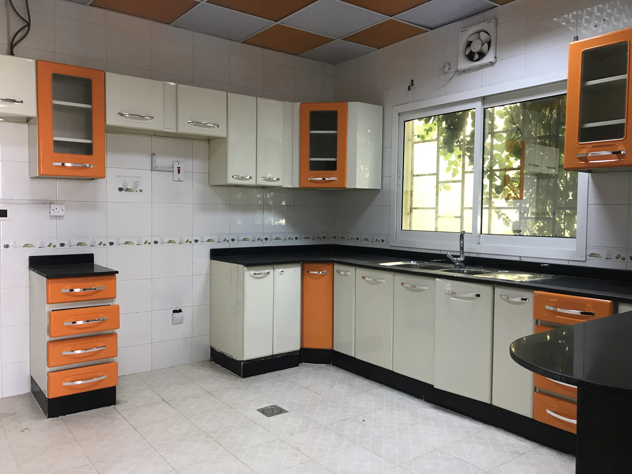 spacious 3bhk un furnished compound villa for rent at Ainkhaled