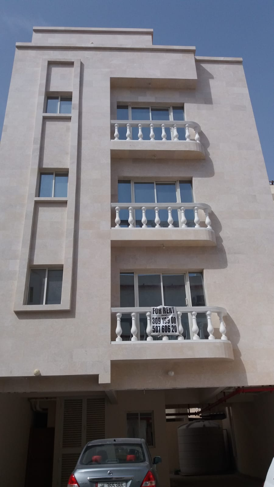 BRAND NEW 2 BHK FOR EXECUTIVE BACHELORS IN FEREEJ ABDEL AZIZ