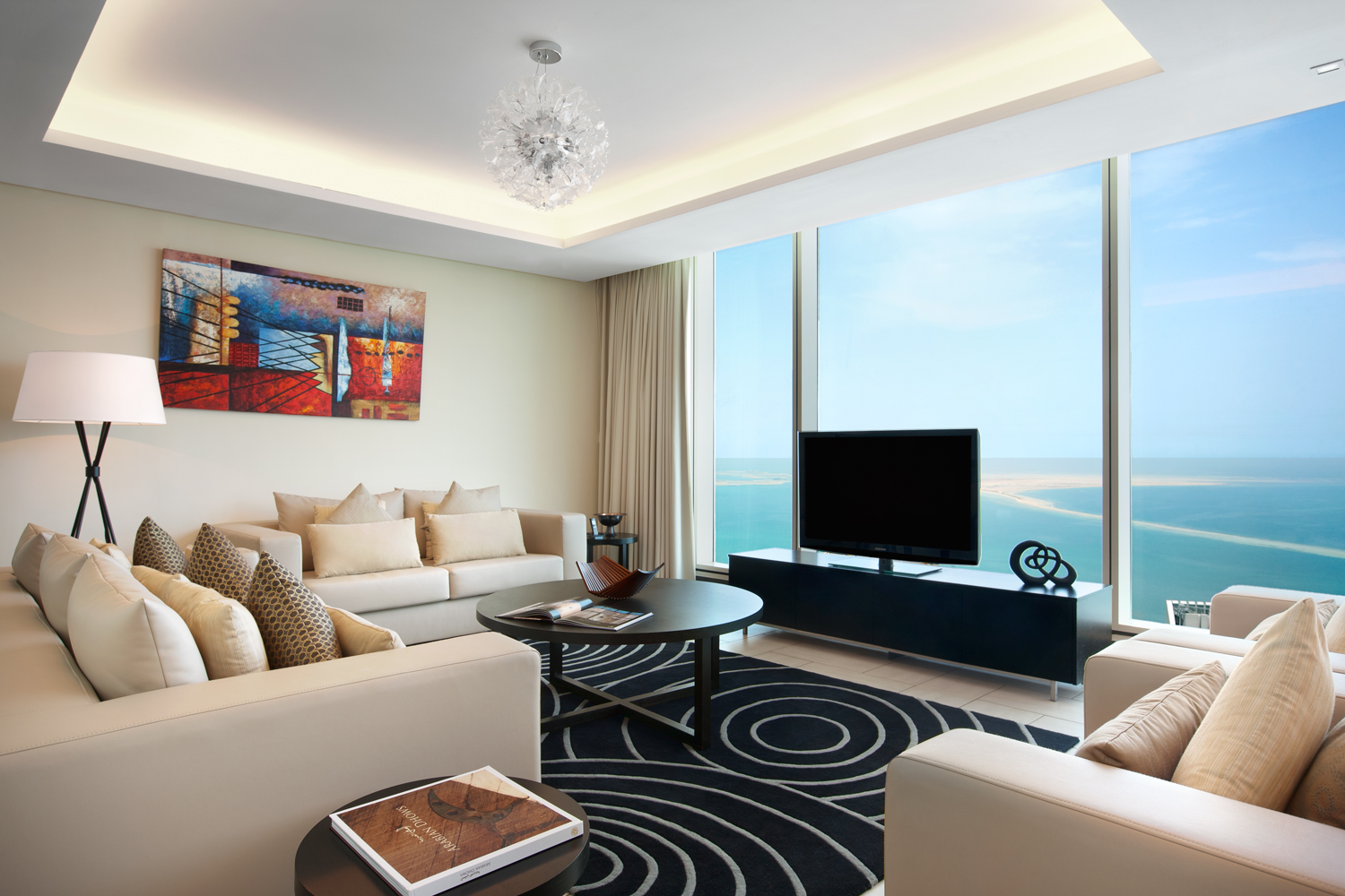 3 Bedroom Luxury Apartments in West Bay with Beach
