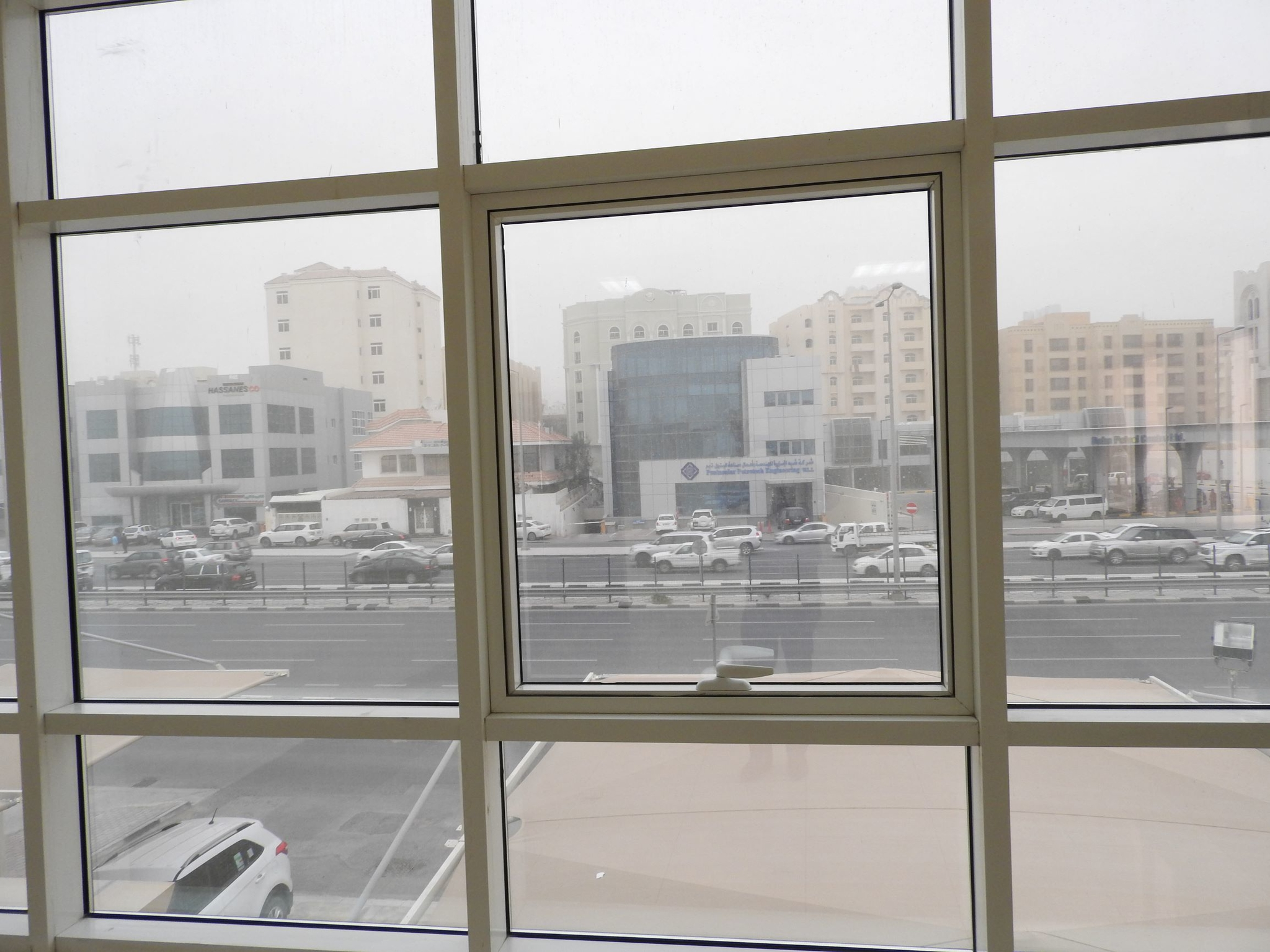 SPACIOUS INDIVIDUAL  OFFICE  AVAILABLE IN C RING ROAD NEAR GULF TIMES  OPPOSITE  OF DOHA PETROL STATION