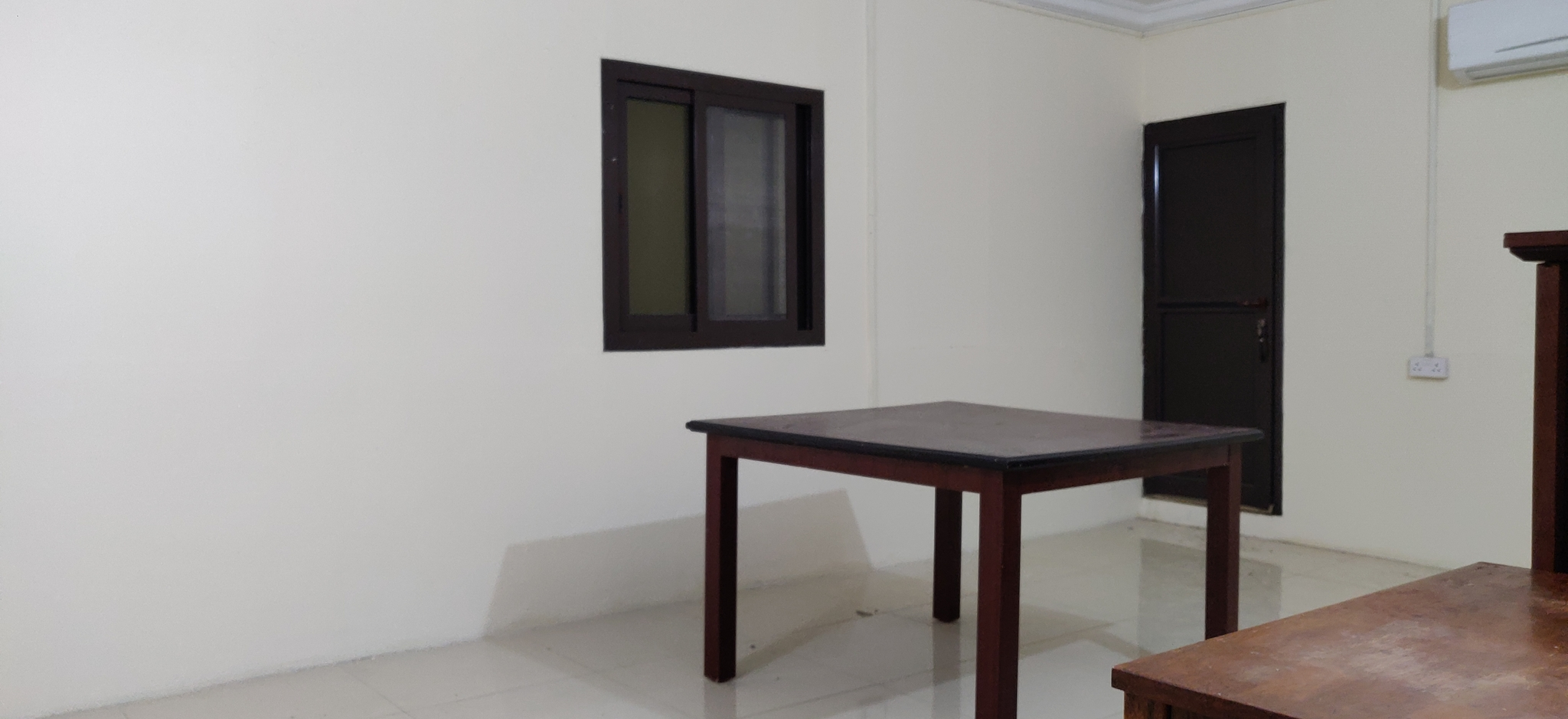 SPACIOUS VILLA PORTION 1 BHK AVAILABLE AT AL MAAMOURA (OPPO. PARCO MALL)