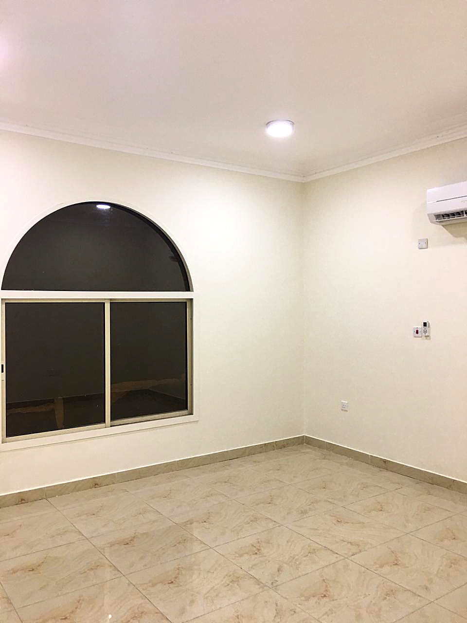 Unfurnished 6-Bedrooms StandAlone Villa for Rent in Al Wukair