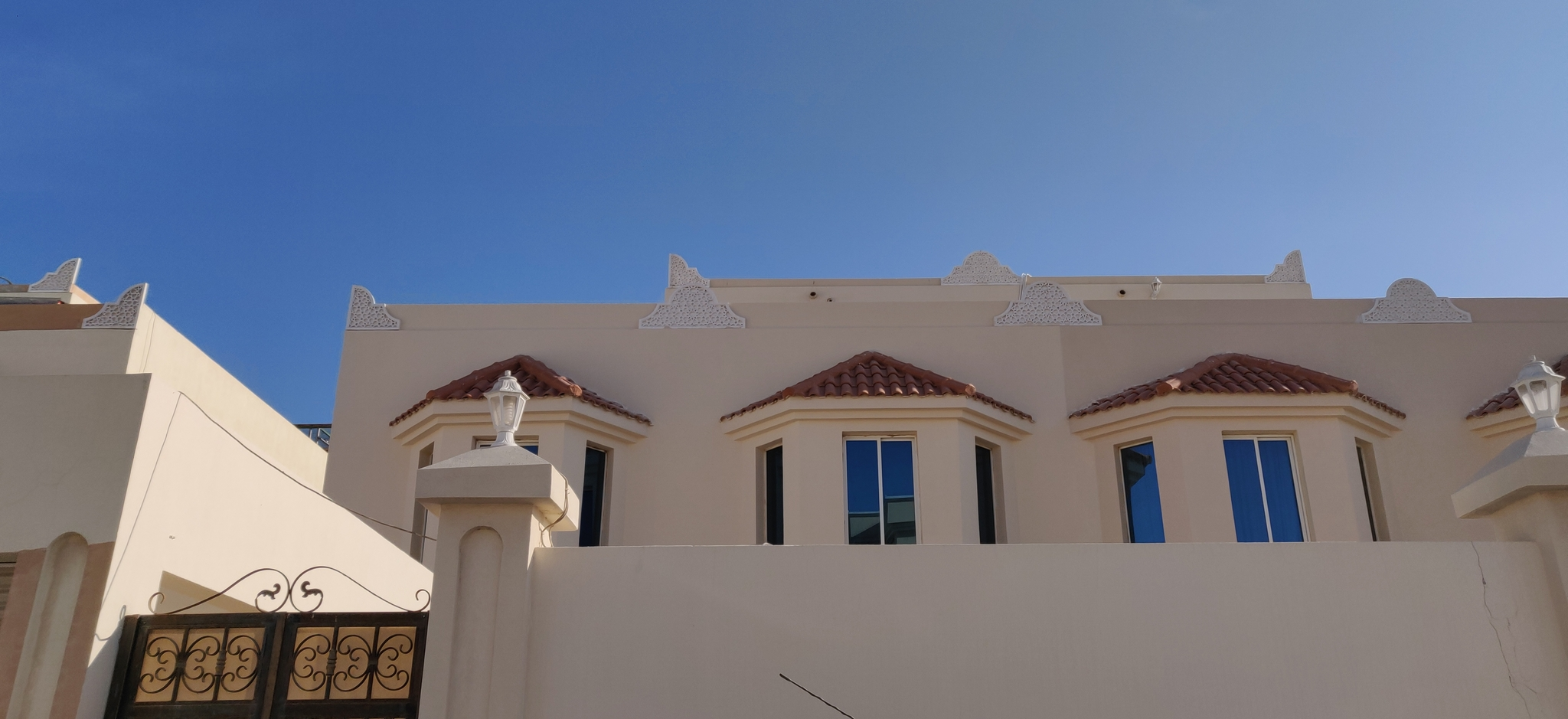 STAND ALONE (ONE FAMILY ONLY) VILLA AVAILABLE AL THUMAMA (BEHIND ANSAR GALLERY)