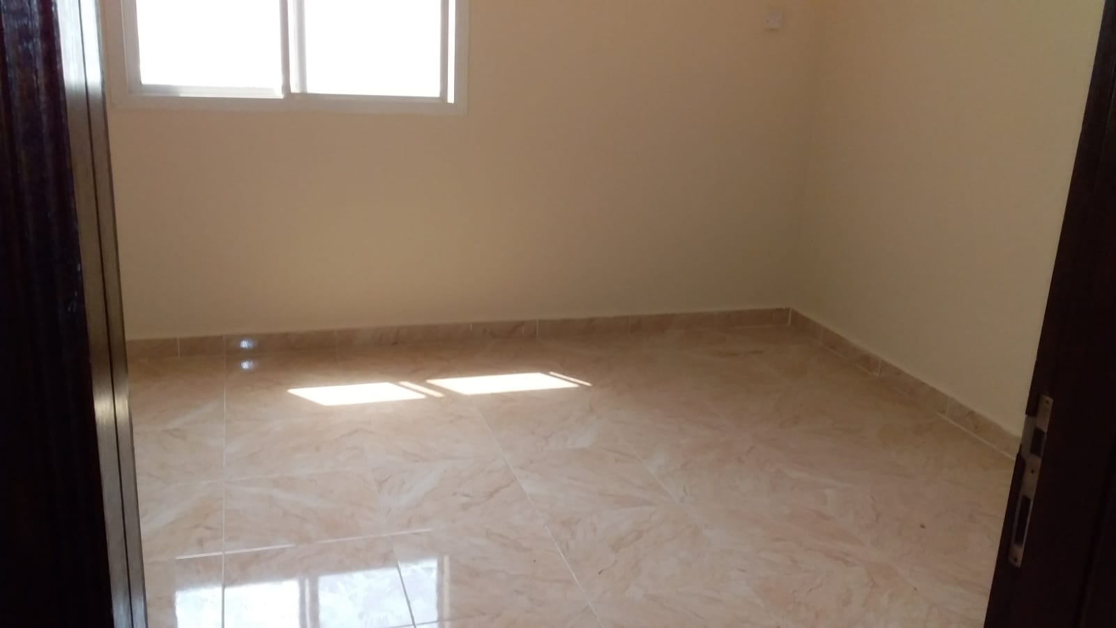 SPACIOUS STUDIO FOR FAMILY- AIN KHALED - NO COMMISSION...!!