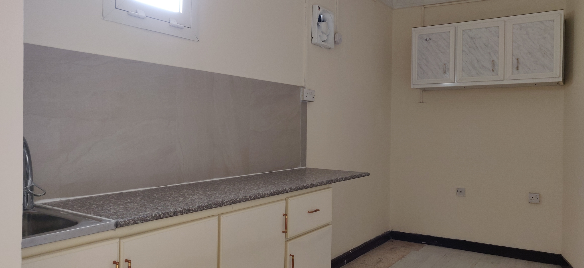 VILLA PORTION STUDIO AVAILABLE AT OLD AIRPORT (VERY NEAR TO BHAVANS SCHOOL)
