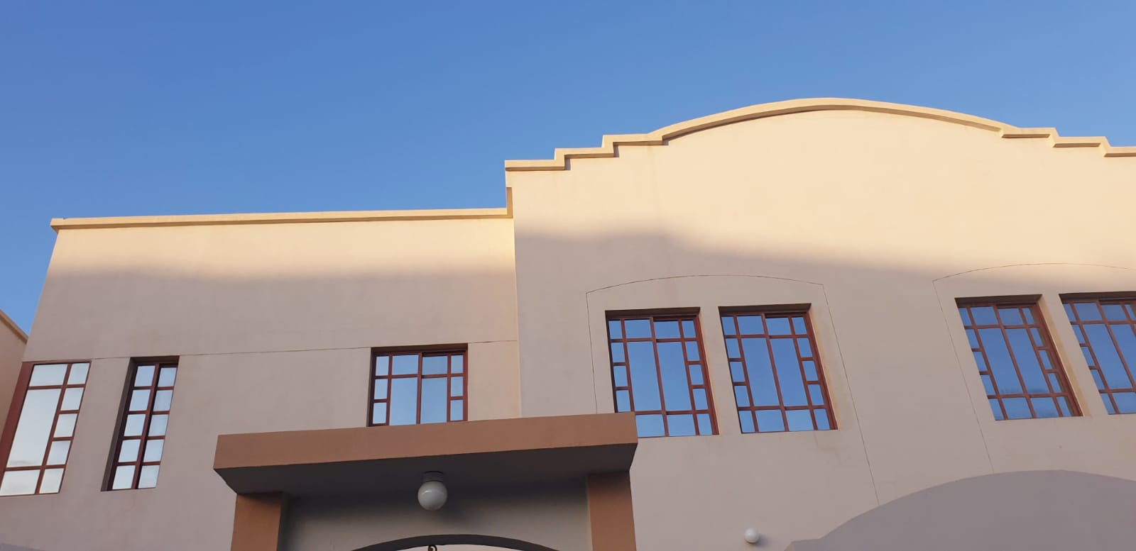 7 Bedroom Villa Available for Rent for staffs in Ain Khaled Area