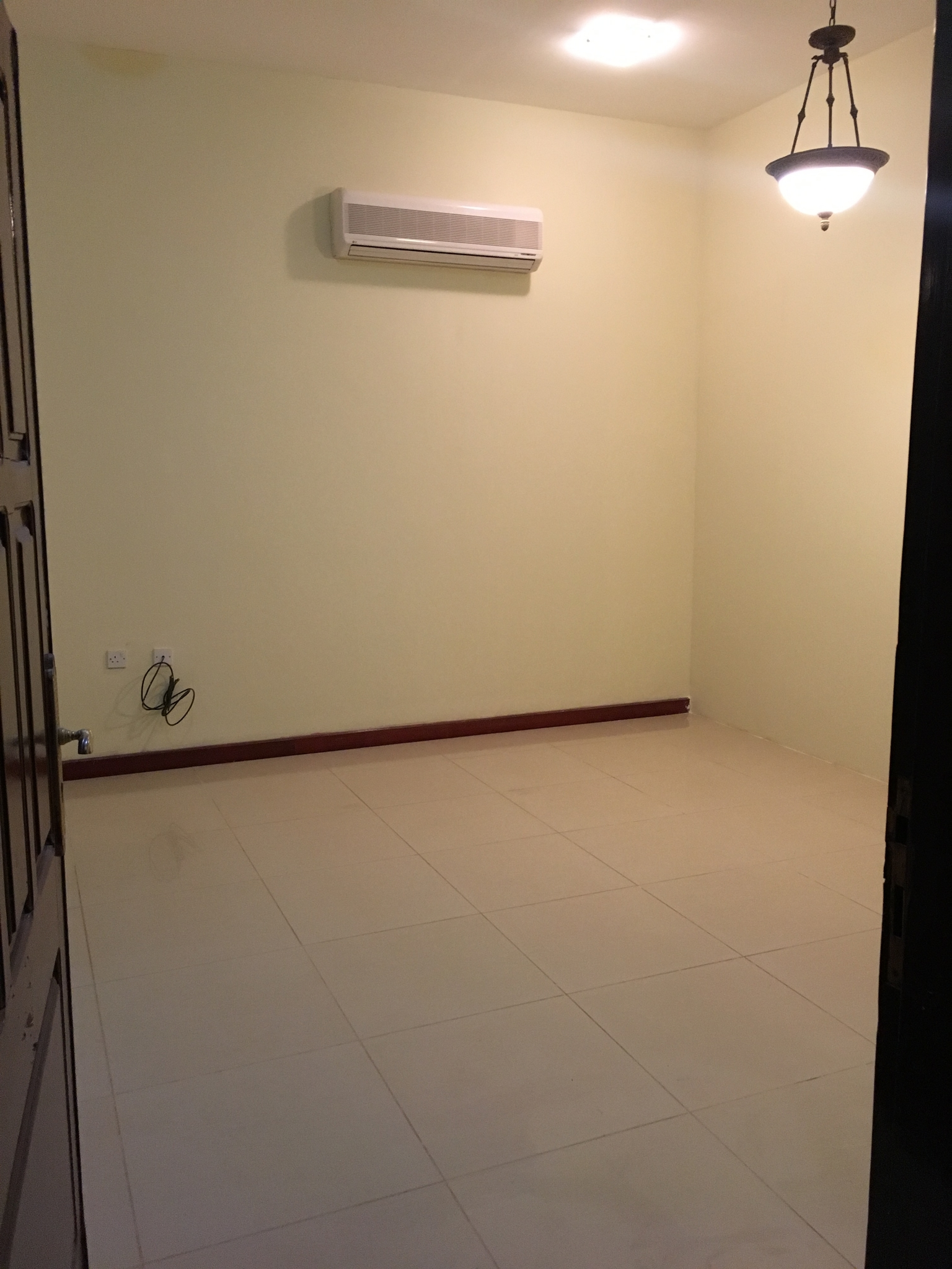 2bhk available in new salata near al arabi sports club