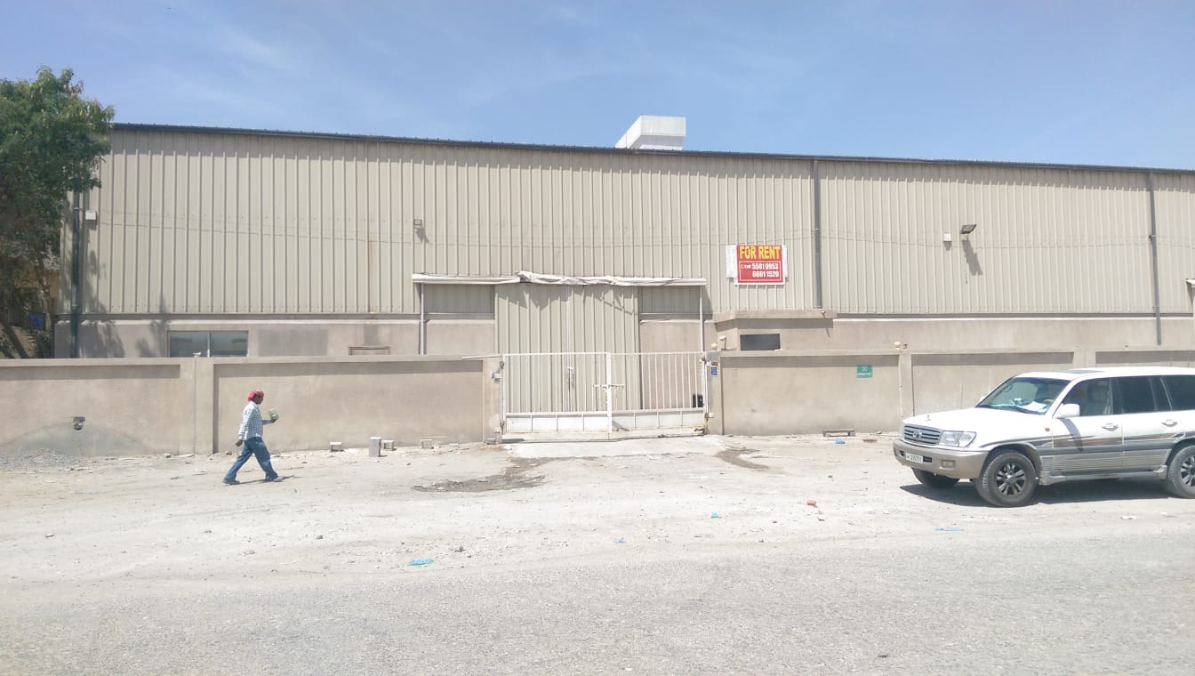 1500 sqm store for rent in industrial area