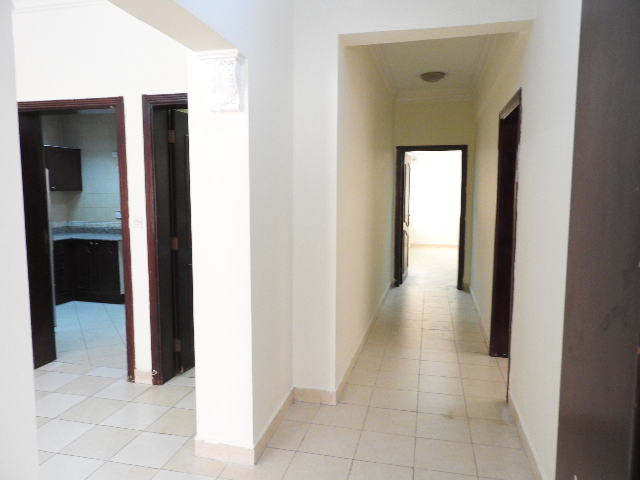 2 BHK  AVAILABLE IN MUGALINA