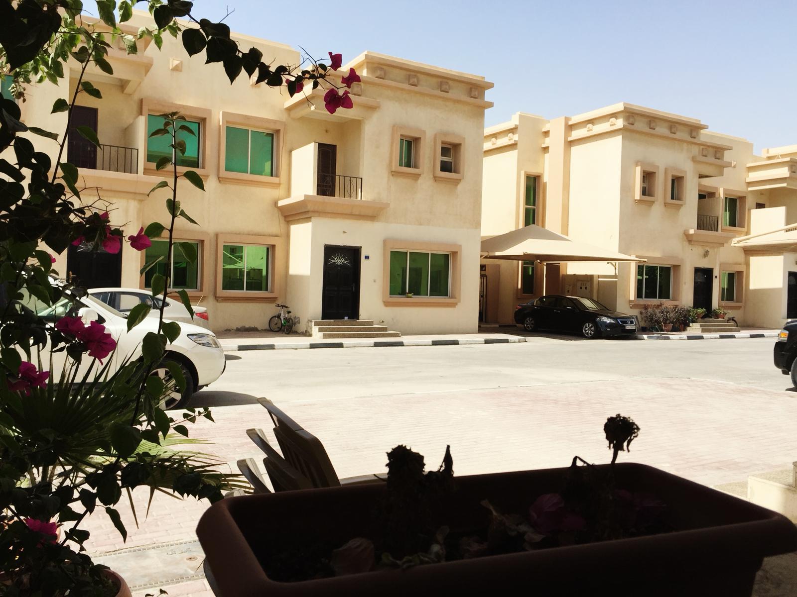 Compound villa in gharrafah - 3 BHK