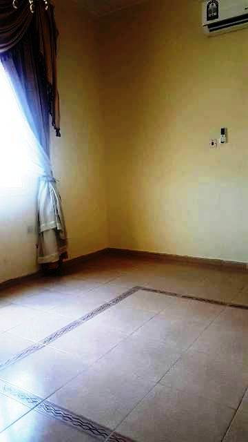2 BHK Unfurnished Flat in Matar Qadeem