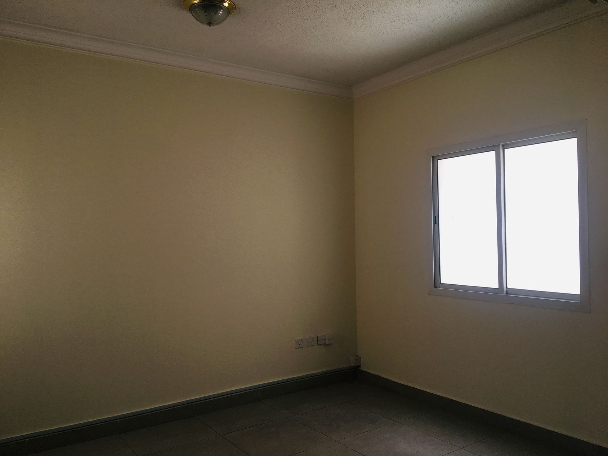 Unfurnished Office Space Available For Reasonable Rent **NO COMMISSION**