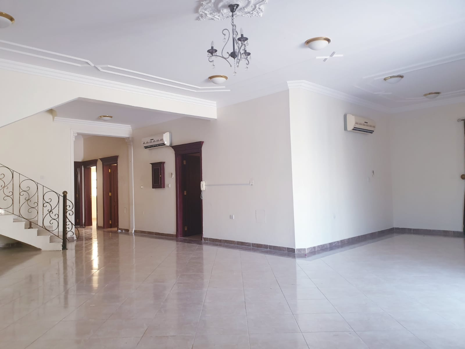6 Bedroom Villa Available for Rent in Matar Qadeem Area
