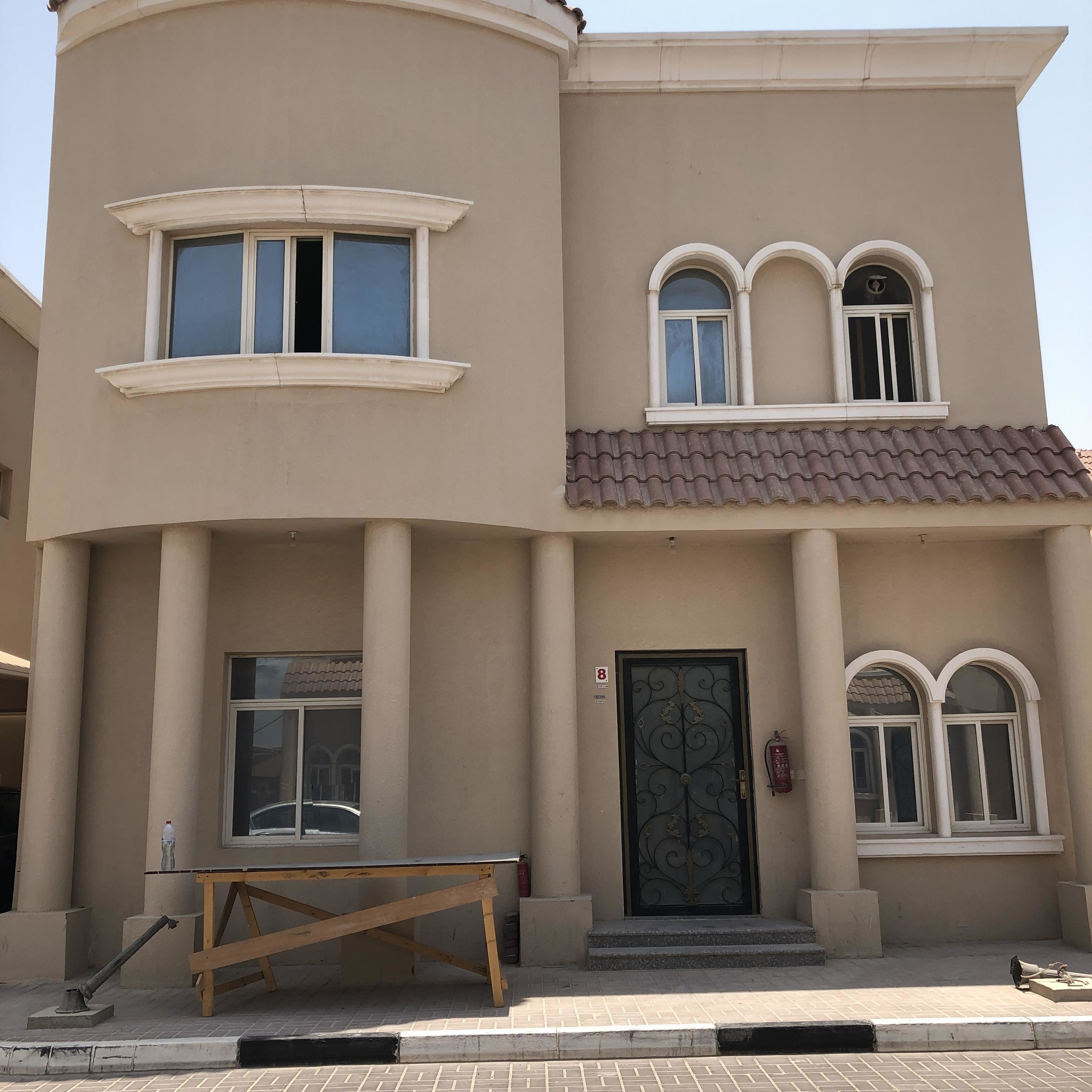 6 BHK VILLA AVAILABLE FOR EXECUTIVE BACHELORS IN AINKHALED WITHOUT COMMISSION