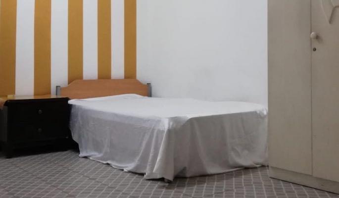 Family sharing room fully furnished flat at najma