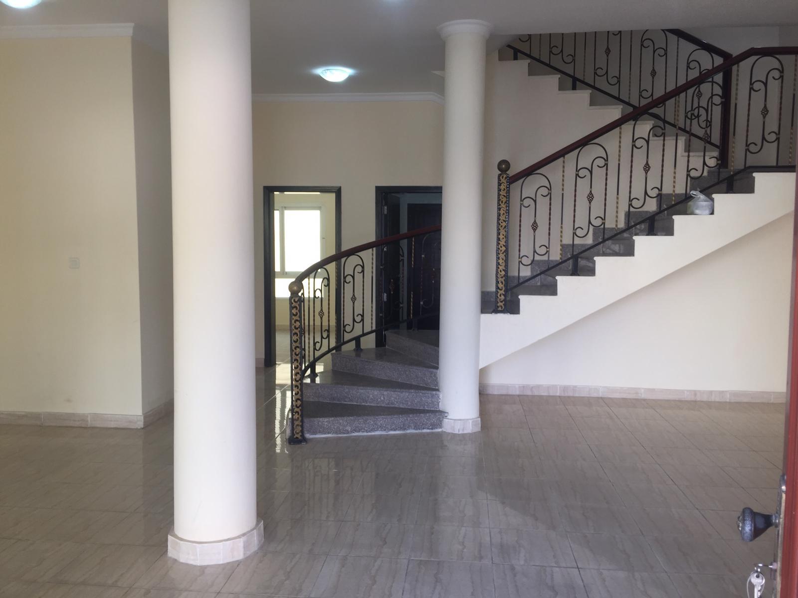 5 BR Villa in Aziziya