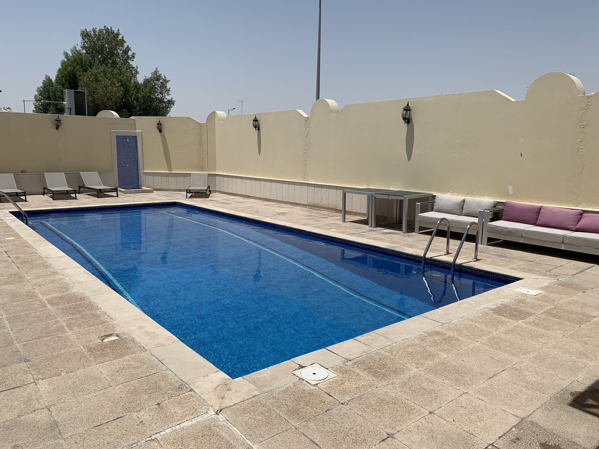 4 Bedroom Villa for rent next to Salwa Road