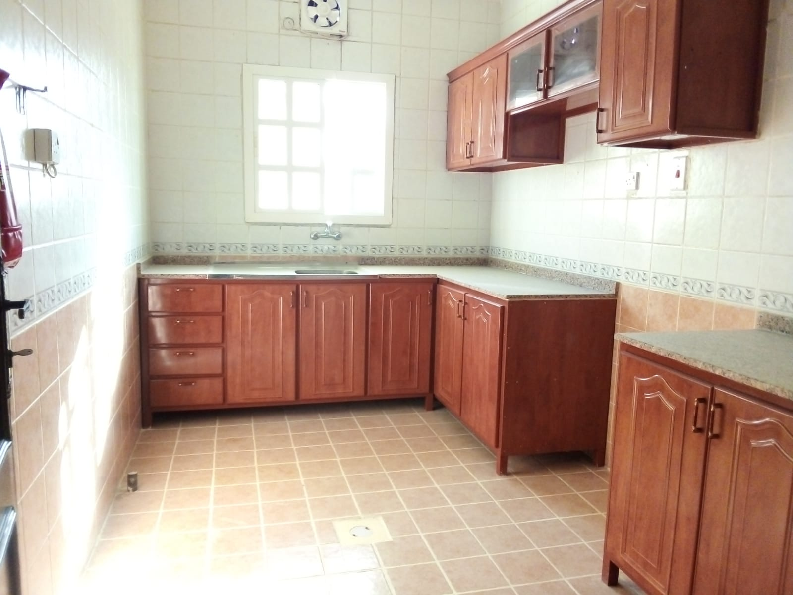 3982 Unfurnished 2 BHK Apartment for Rent
