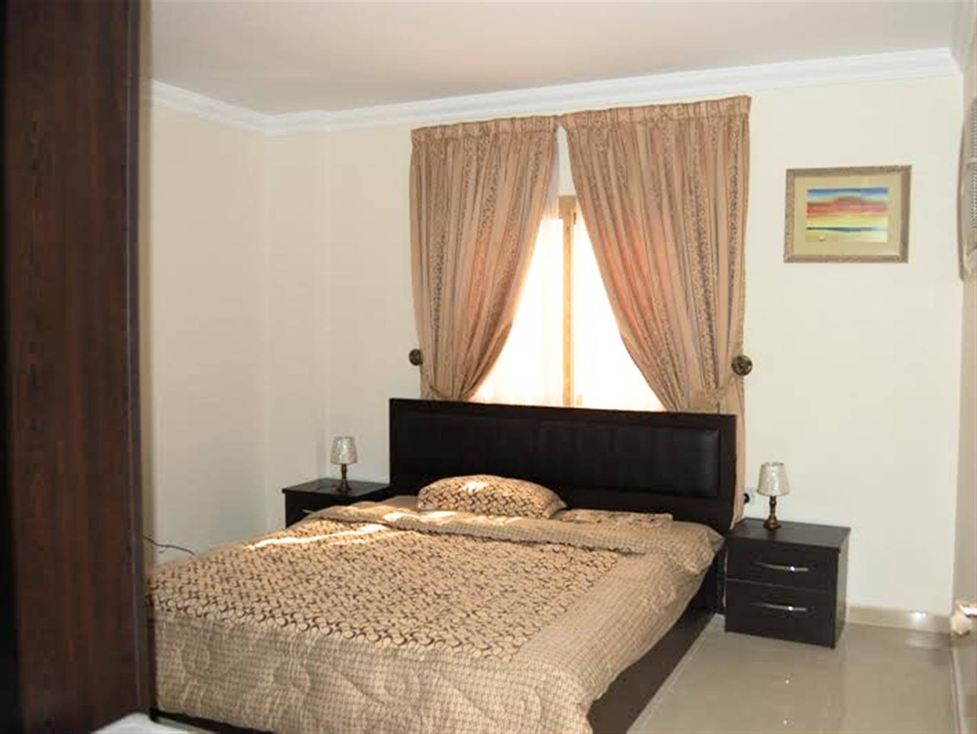 2 BHK FULLY FURNISHED Flat for RENT with many facilities Short / Long term available. NO COMMISSION