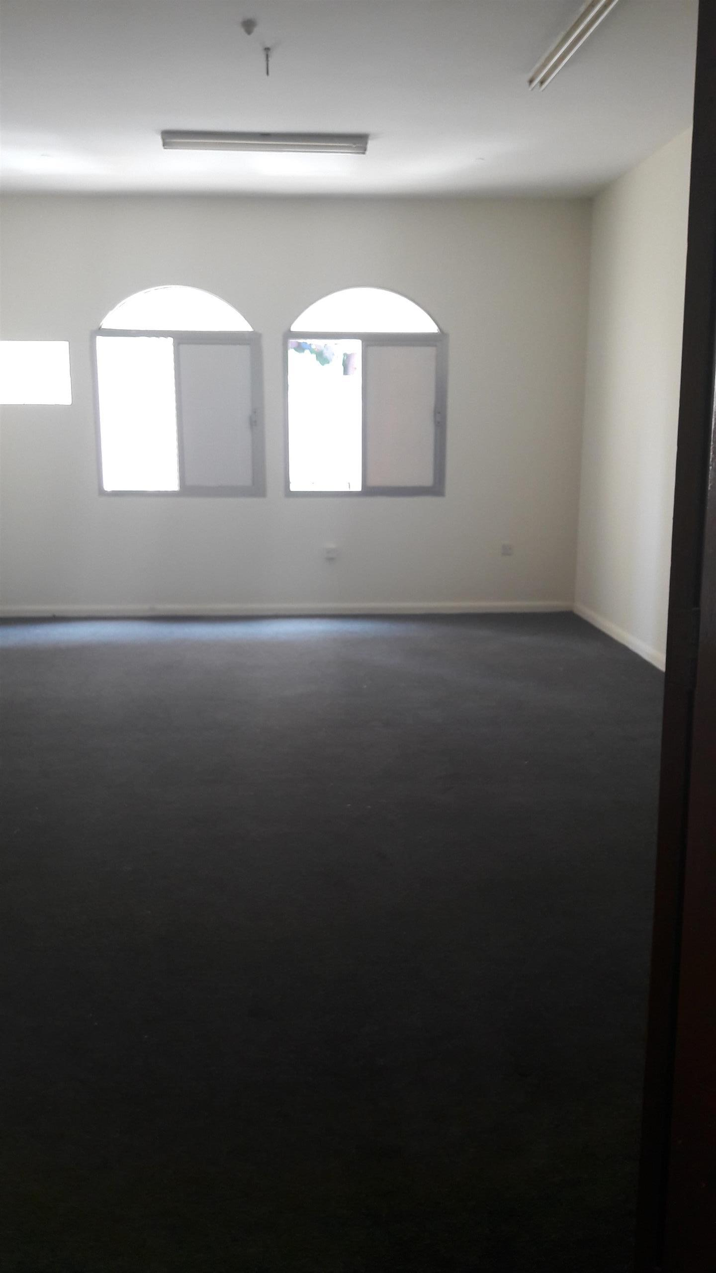 For Rent Office 3 BR + Hall + Kitchen + 2 Bath R - without commission