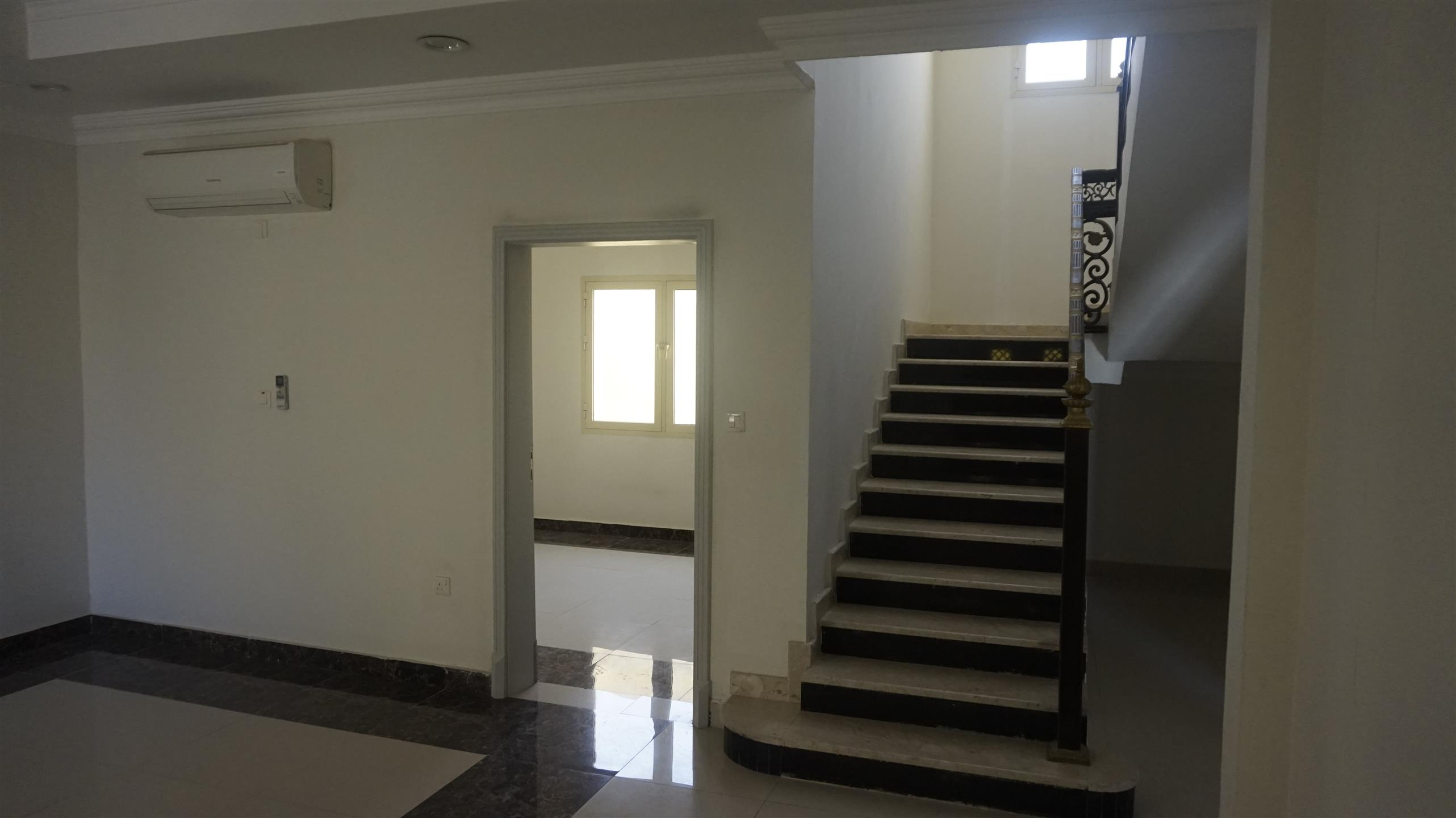 ***NO COMMISSION***EXECUTIVE BACHELORS  7 BHK VILLA FOR RENT IN THUMAMA NEAR : F-RING ROAD