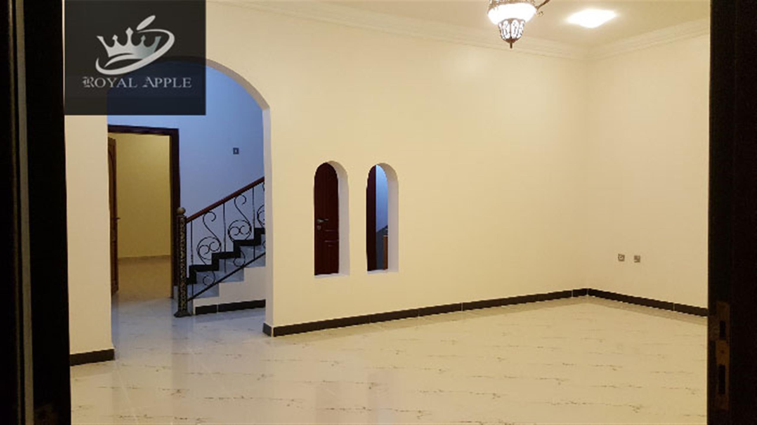 Ex-Bachelor 7 Bedroom 5 Bathroom Semifurnished Compound Villa in Ain Khalid Near Ain Khalid Gate