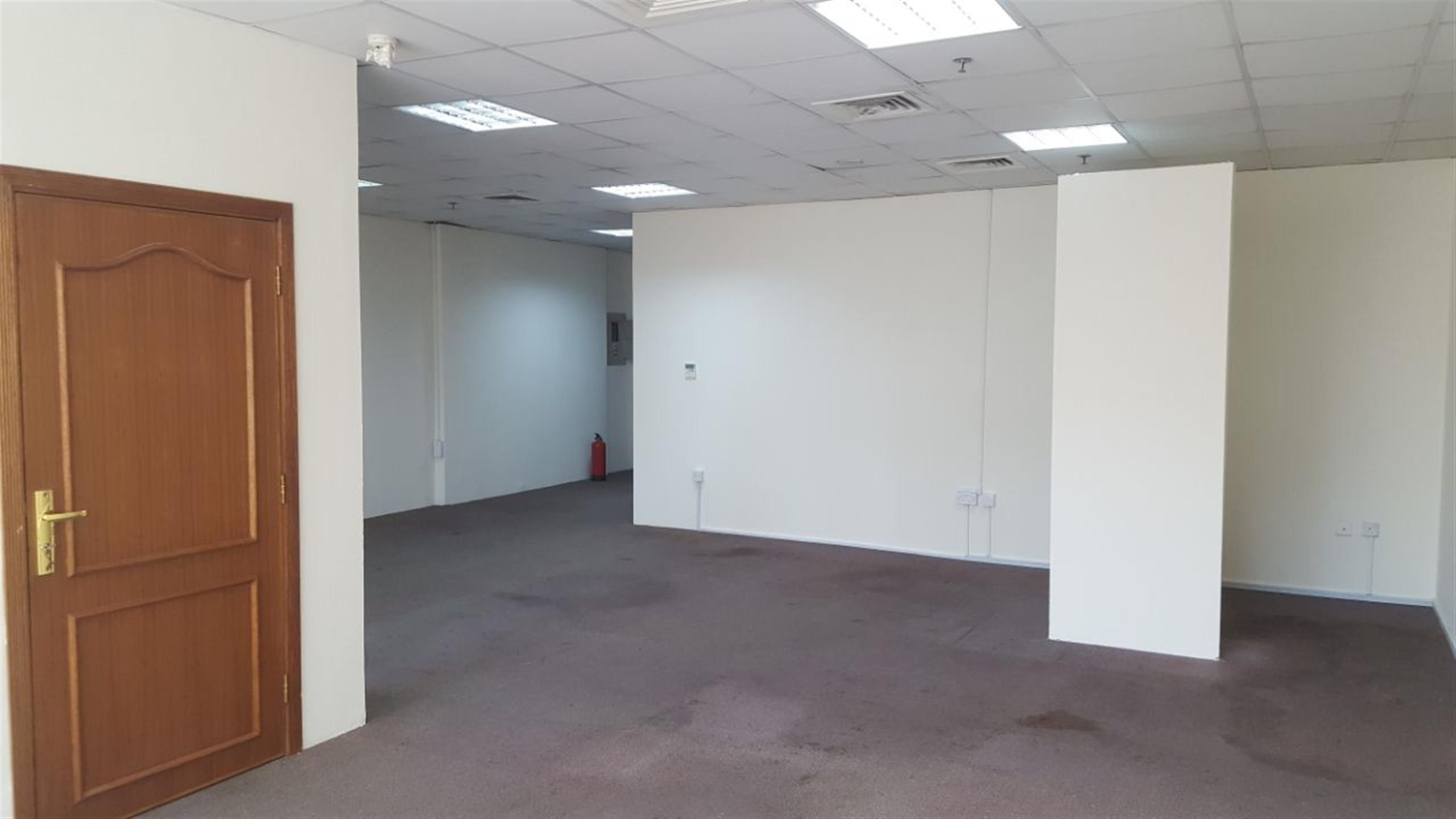 76 Sqm 3 Room Partitioned Office space for rent at Munthaza | Qatar ...