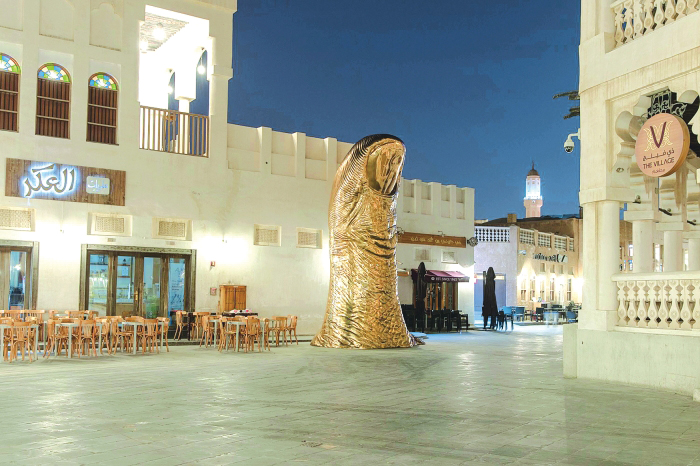 QM installs giant thumb sculpture at Souq Waqif as Qatar