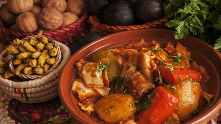 Threed Qatari food