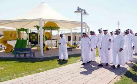 If you live near Al Thakhira town, make it a point to visit the new park and walkway
