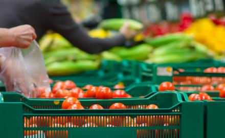 MOCI takes measures to control prices of vegetables and fruits