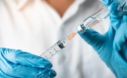 Qatar to provide COVID-19 vaccine free of charge to all residents