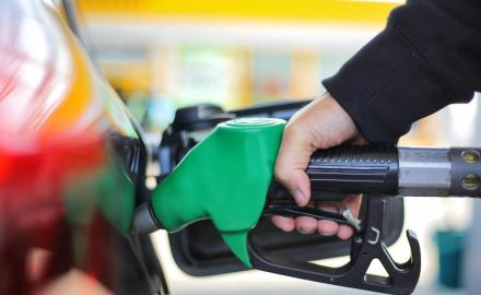 Fuel prices in Qatar go up in April 2021