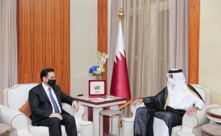 HH the Amir meets Lebanese Caretaker Prime Minister