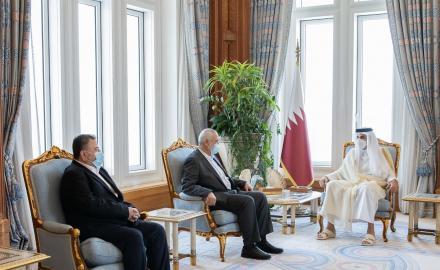 HH the Amir meets head of Hamas Political Bureau