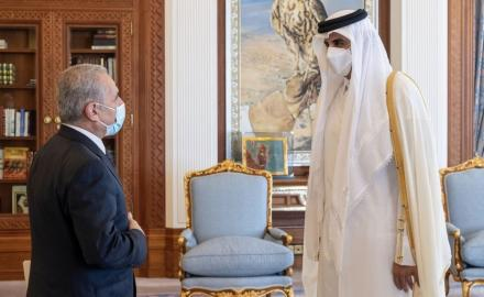HH the Amir meets Palestinian Prime Minister