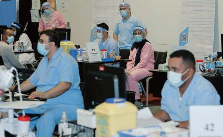 Qatar's health leaders urge those eligible for COVID-19 vaccination to get vaccinated soon